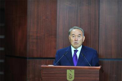 哈萨克斯坦总统辞职,结束长达28年的职务