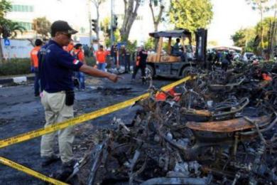 印尼警察总部遭袭,3名恐怖分子被警方击毙