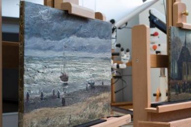 梵高两幅被盗画作展出,辗转17年重回公众视线