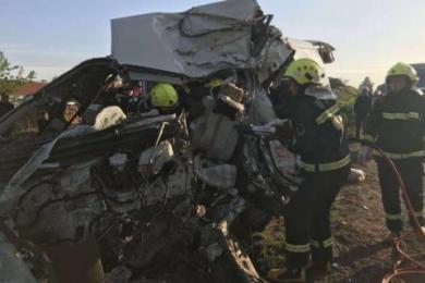 吉林两车相撞事故,造成7死6伤