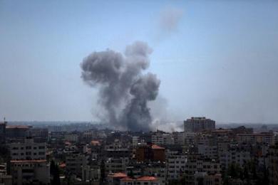 以色列遭150余枚火箭弹袭击,为报复空袭沙加多处设施