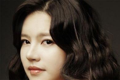 韩女星服安眠药自杀,警方及时赶到现场送医抢救挽回生命