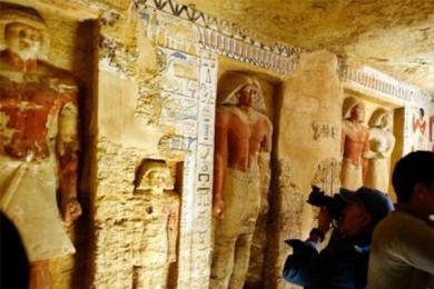 埃及发现王室墓葬,拥有超过四千年的历史背景