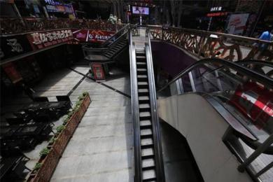 重庆现最苗条电梯,能不能上全靠天意
