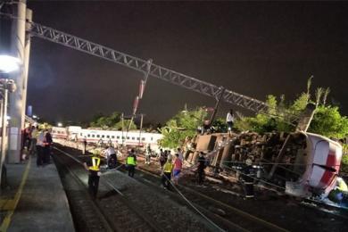 儿童死亡只赔37元,台铁翻覆事故处理方式各有说法
