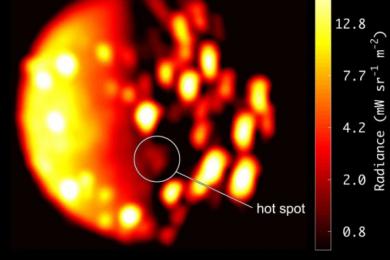 科学家在木星卫星上发现活火山